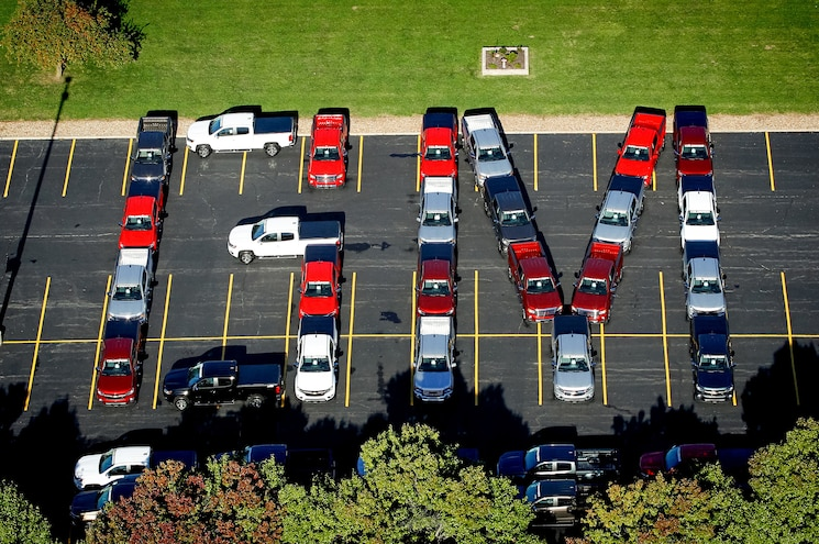 2015 Chevrolet Colorado and GMC Canyon Trucks Delivered to Dealers at Wentzville Plant