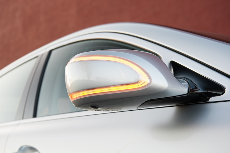 2015 Kia K900 V 8 Signal Light