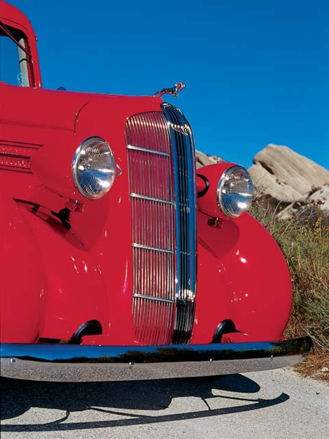 1936 Dodge Humpback front View