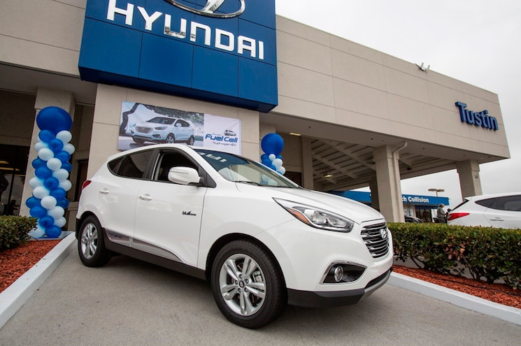 2015 Hyundai Tucson Fuel Cell Front Three Quarter