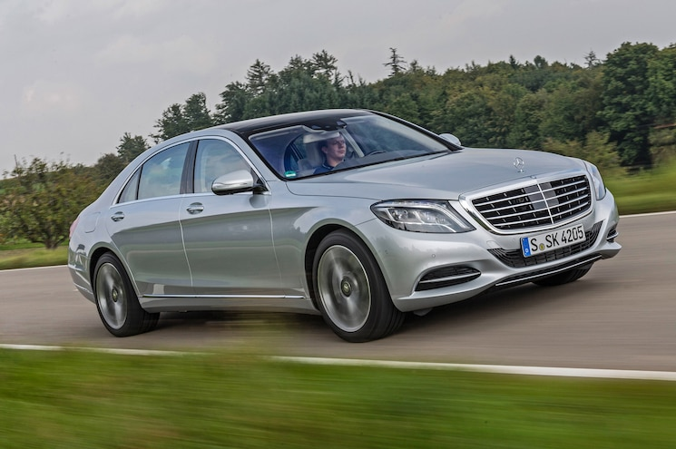 2015 Mercedes Benz S550 Plug In Hybrid Accelerating Up Road