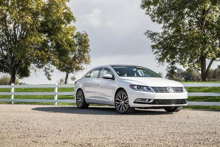 2015 Volkswagen CC 36 4Motion Front Three Quarters 04