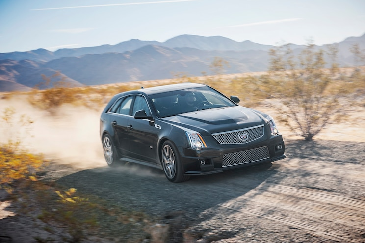 2014 Cadillac CTS V Wagon Front End In Motion