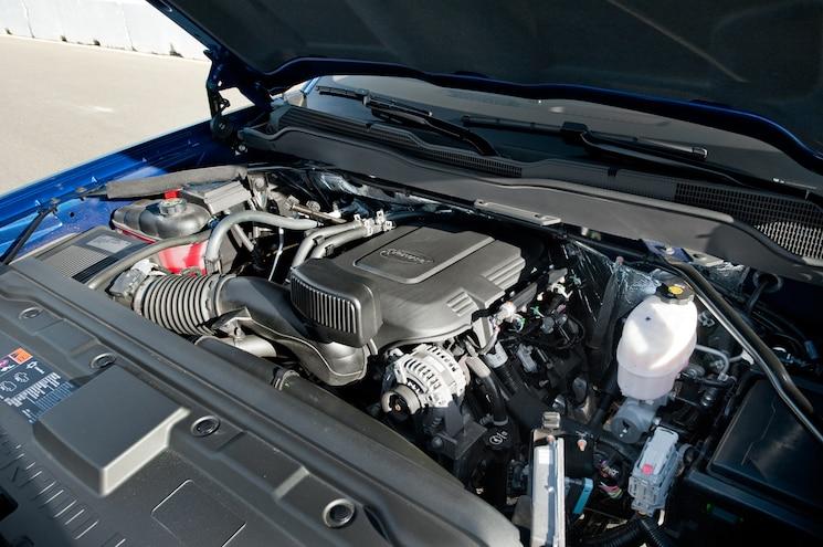 2014 Chevrolet Silverado 2500HD Vortec Engine View