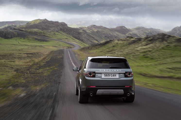 2015 Land Rover Discovery Sport Rear End In Motion