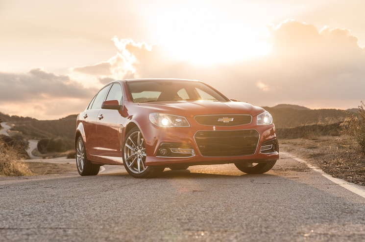 2015 Chevrolet SS Manual Front Three Quarter 02