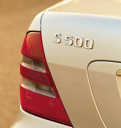 2001 Mercedes-Benz S500 Review, Price & Road Test