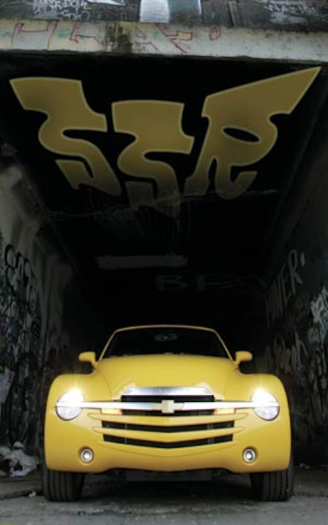2005 Chevrolet Ssr front View