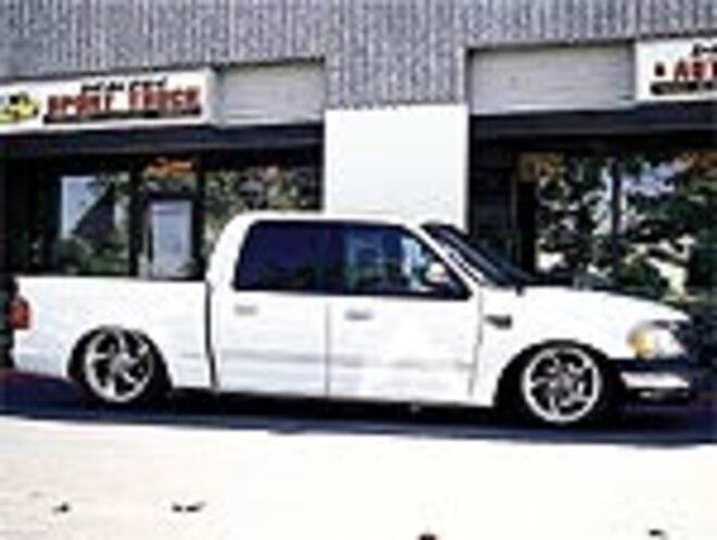 Tuckin' 22s Ford SuperCrew 22 inch rims - Tech - Truckin magazine
