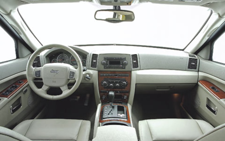 2007 Jeep Grand Cherokee Diesel interior