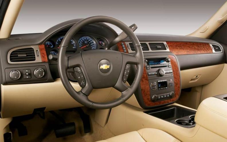 2007 Chevrolet Silverado dash View