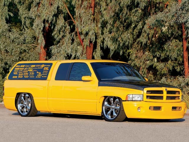 1999 Dodge Ram front Side View