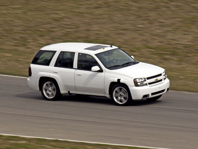 2006 Chevy TrailBlazer SS - Cool Your Jets Photo & Image Gallery