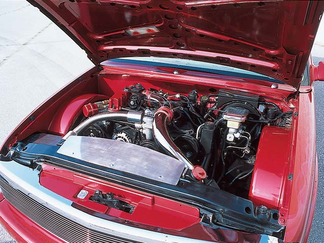 1996 Chevrolet S10 engine Compartment