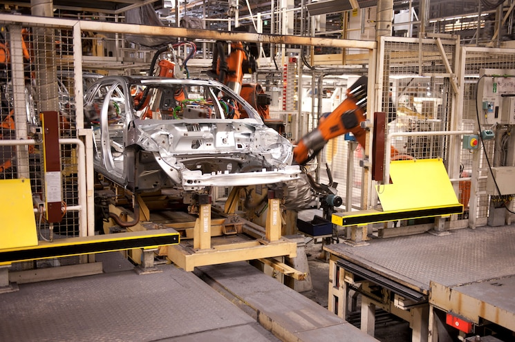 Third Shift, 1,300 Jobs Added on Expected 2015 Volvo XC90 Demand