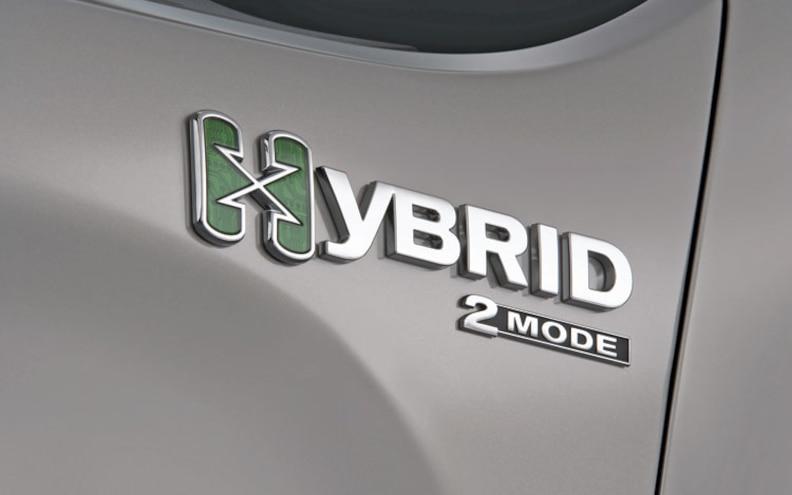 2009 Chevrolet Silverado Hybrid badge View