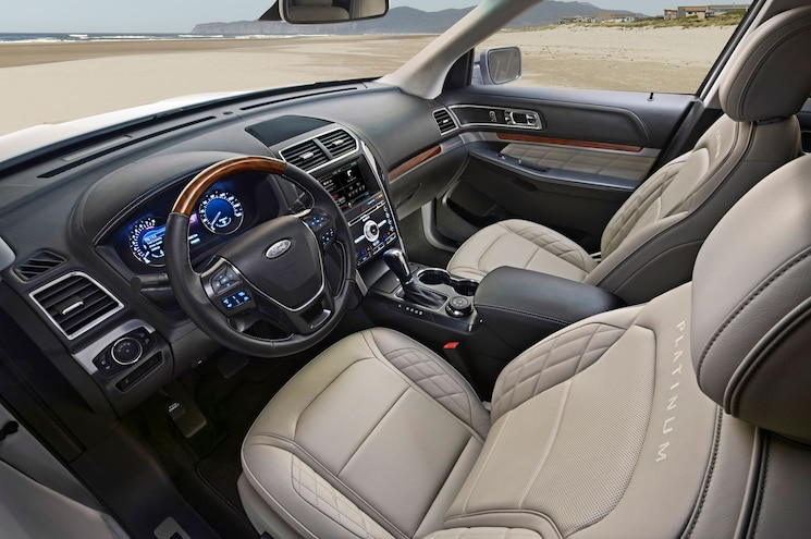 2016 Ford Explorer Front Seats