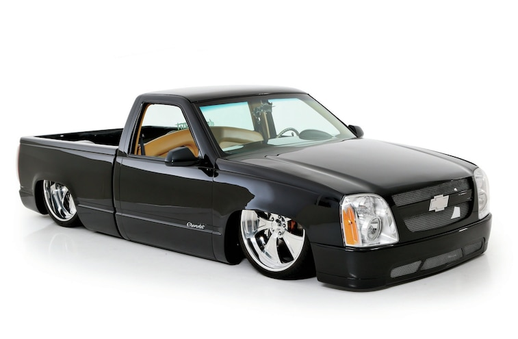 1989 Chevy C 1500 Front Side View
