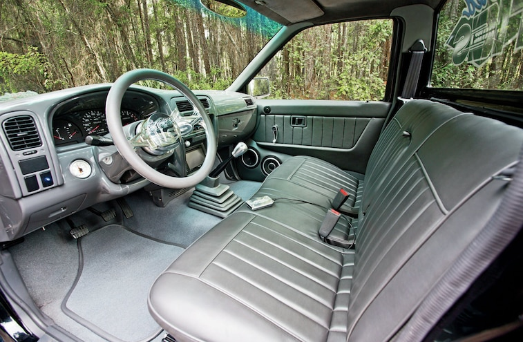 1997 Nissan Hardbody Interior