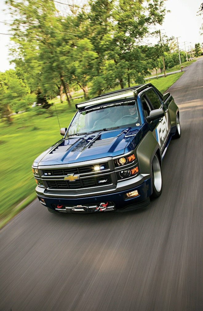 2014 Chevrolet Silverado In Motion