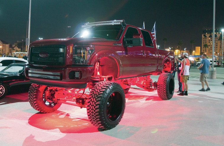 Custom Lifted Ford Super Duty