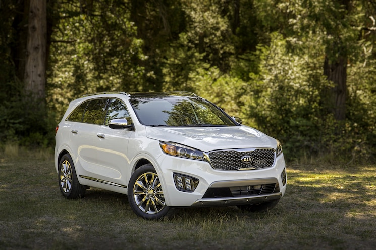 2016 Kia Sorento First Look