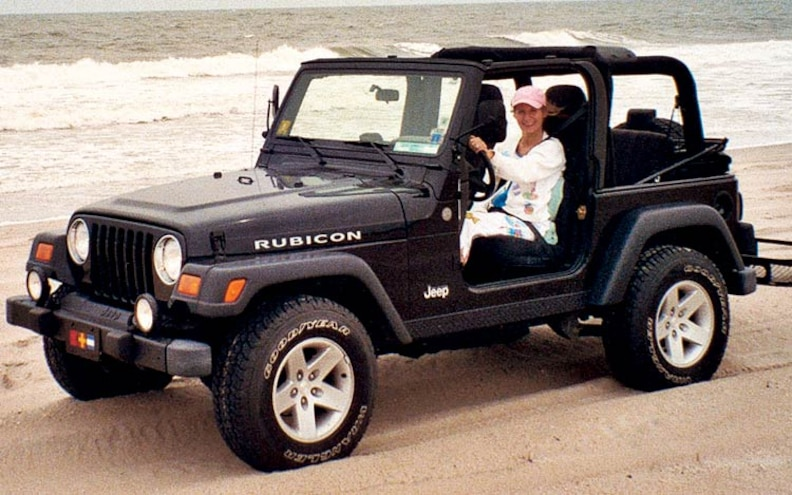 2004 Jeep Wrangler Rubicon front View