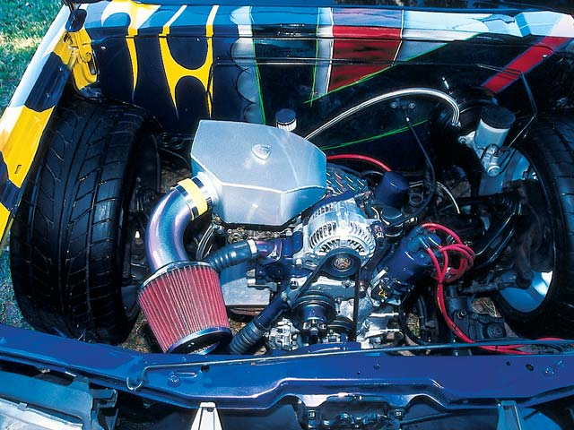 1994 Nissan Hardbody - Feature Pickup - Mini Truckin' Magazine