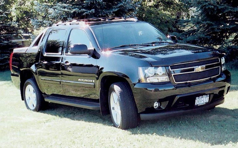 2007 Chevrolet Avalanche T3 4x4 front View