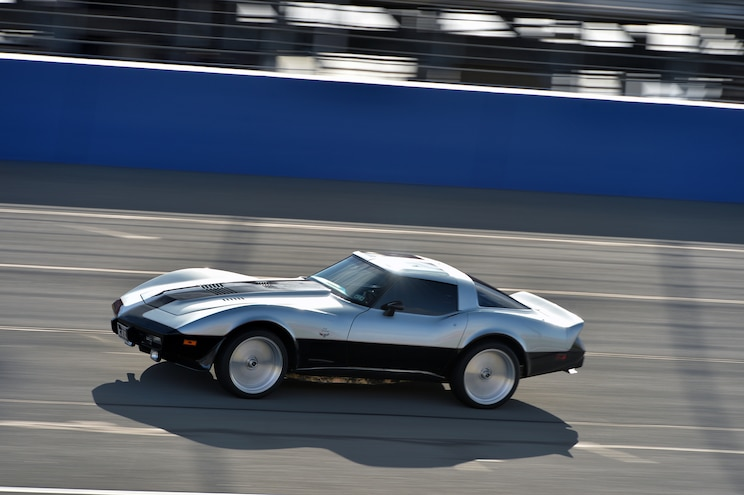 1978 Chevrolet Corvette Turbine By Vince Granatelli Side In Motion 05