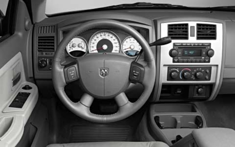 2005 Dodge Dakota dashboard View