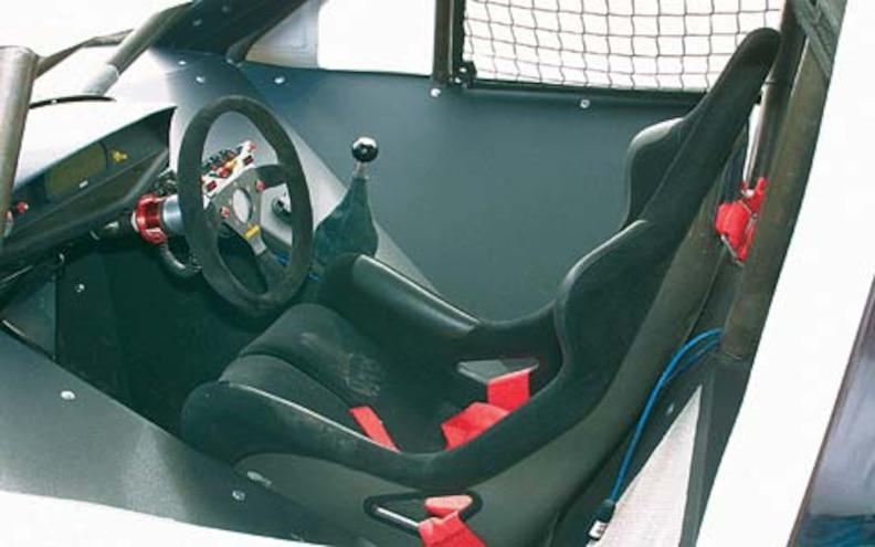 2003 Kia Sorento Trophy Truck front Interior View