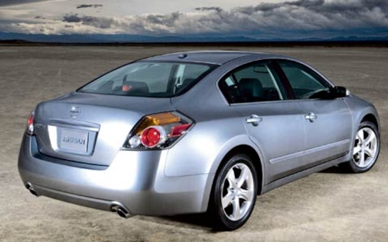 2007 Nissan Altima Rear View Photo Gallery 3 Photos