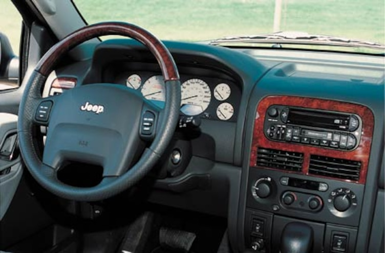 2002 Jeep Grand Cherokee Limited CRD 27 Interior View Dashboard