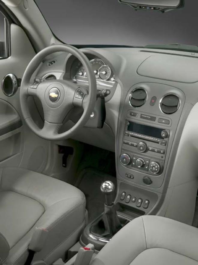 2006 Chevrolet Hhr Feature Vehicle Review Mini Truckin Magazine