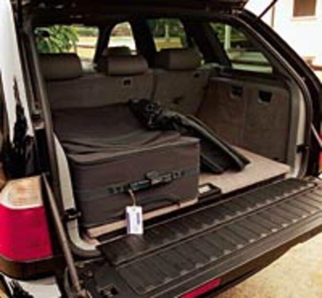 2001 BMW X5 44i Rear View Trunk Space