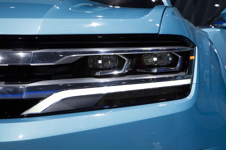 Volkswagen Cross Coupe GTE Concept Headlight