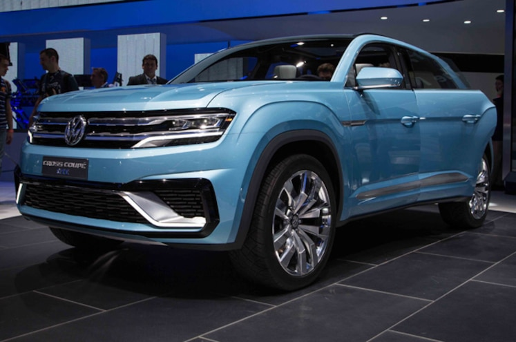 Volkswagen Cross Coupe GTE Concept First Look