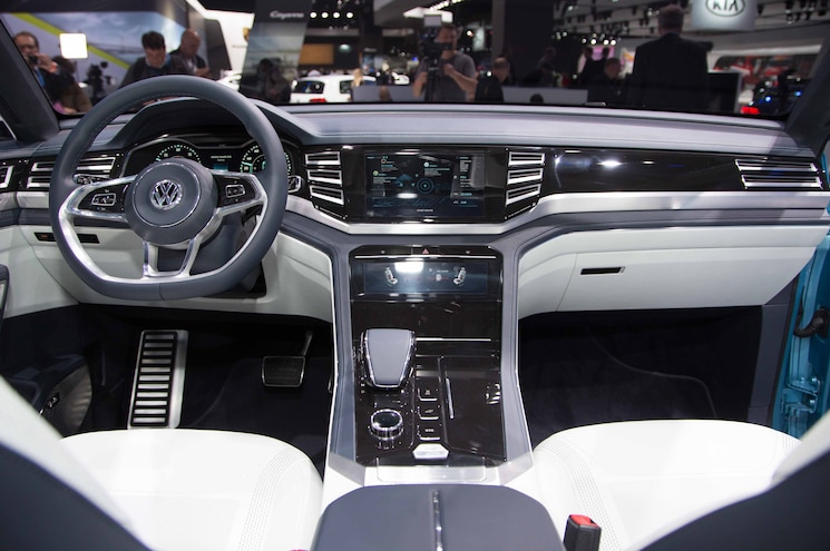 Volkswagen Cross Coupe GTE Concept Interior View