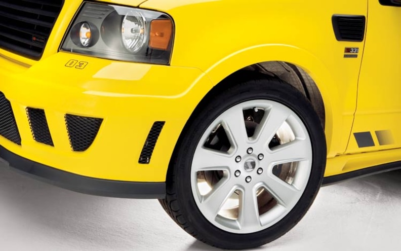 ford Saleen S331 Sport Truck front Wheel View