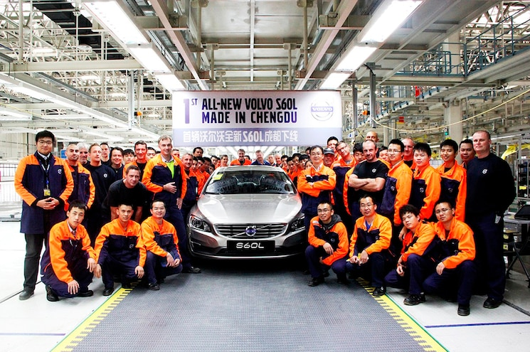 Volvo S60L PHEV Chengdu Production Crew