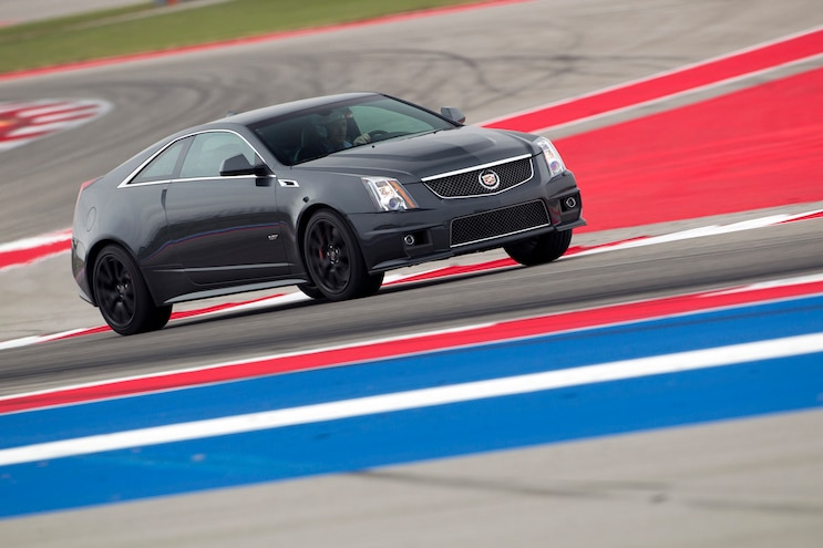 2014 Cadillac CTS V Coupe Front Three Quarter Turn
