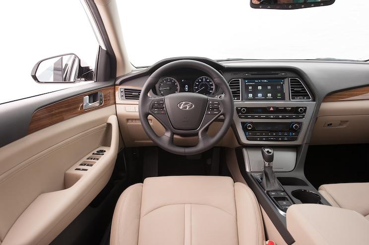2015 Hyundai Sonata Limited Cockpit