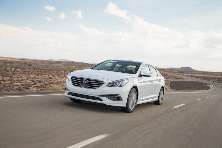 2015 Hyundai Sonata Limited Front Three Quarter In Motion 02