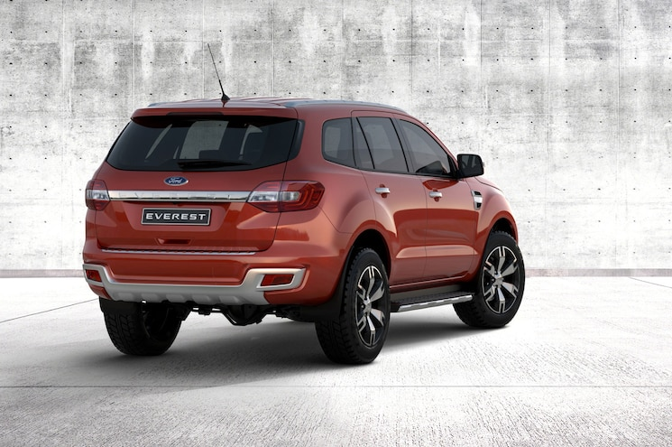 2016 Ford Everest Exterior Rear Three Quarter Concrete