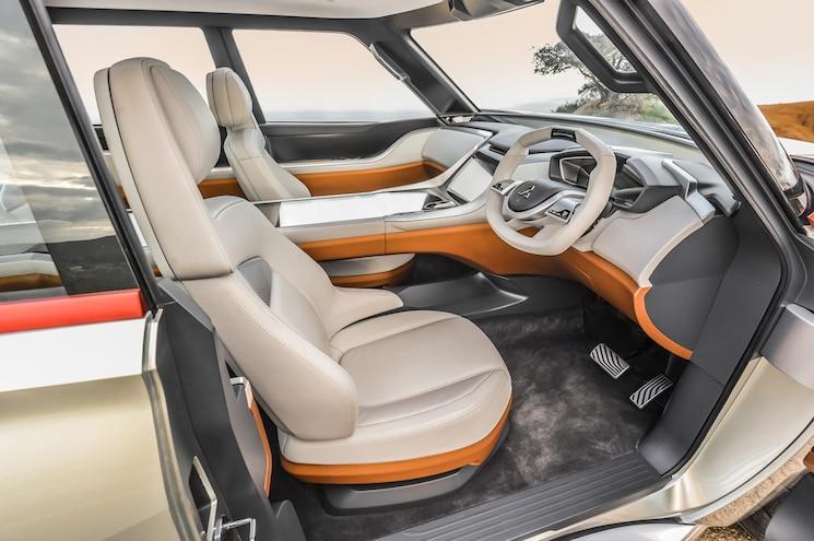 Mitsubishi Concept GC PHEV Front Interior Seats