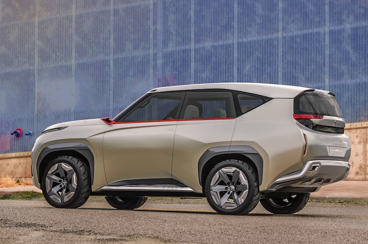 Mitsubishi Concept GC PHEV Rear Three Quarter 02