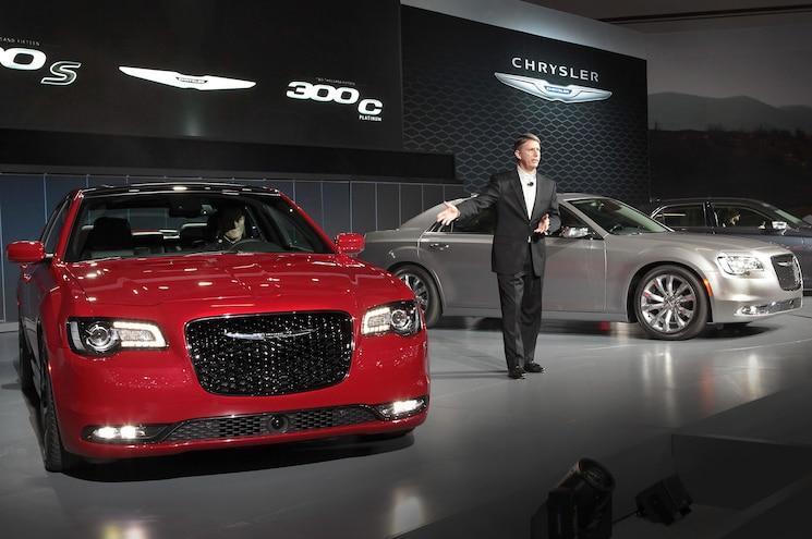 2015 Chrysler 300 Cars On Stage