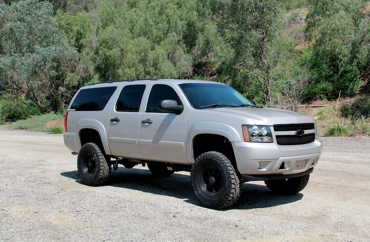 Installing a 6-inch RCD Lift On a 2008 Chevy Suburban 2500HD