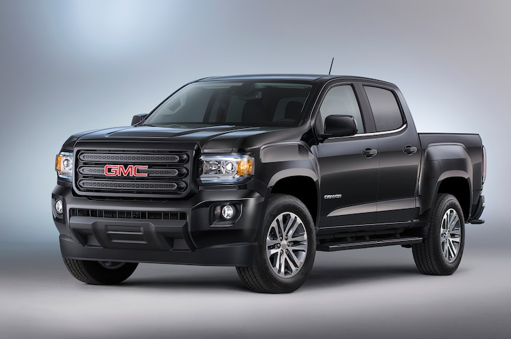 2015 GMC Canyon Nightfall Edition Loses Chrome, Gains Features
